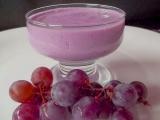 Aprenda como fazer um suco de uva cremoso
